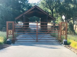 Halter Ranch Corten Gate